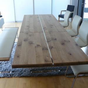 Team7 Nox Tisch und Magnum Freischwinger in Leder weiß